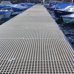 [2569-07] Bootssteg aus Kunststoff-Gitterrosten
